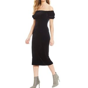 Gianni Bini Off-the-shoulder Velvet Midi Dress